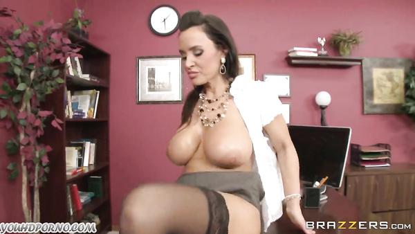 Lisa Ann - My busty fully grown sex specialist 3pornstarmovies